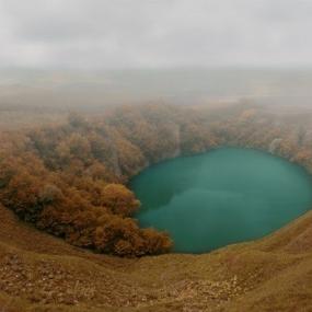 Водопад Царская корона, озёра Шадхурей